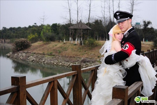 weddingnazi-01